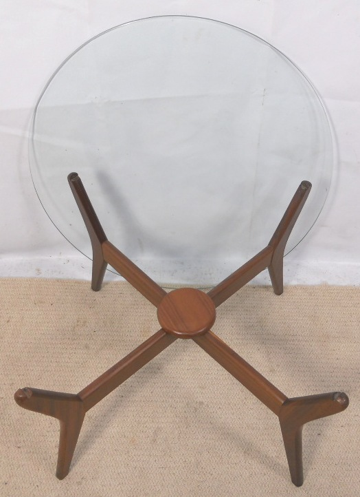 Round Glass Top 1960 s Retro Coffee Table SOLD : round glass top 1960 s retro coffee table sold 4 2704 p from www.harrisonantiquefurniture.co.uk size 524 x 722 jpeg 148kB